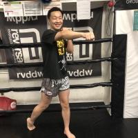 横浜の総合格闘技&キックボクシング&柔術 リバーサルジム「グランドスラムオンラインレッスン」 オンラインキッククラスサムネイル画像1