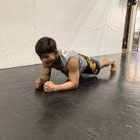 横浜の総合格闘技&キックボクシング&柔術 リバーサルジム「グランドスラムオンラインレッスン」 RIZINファイターの自重トレーニングサムネイル画像1