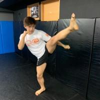 横浜の総合格闘技&キックボクシング&柔術 リバーサルジム「グランドスラムオンラインレッスン」 超初心者キックサムネイル画像1