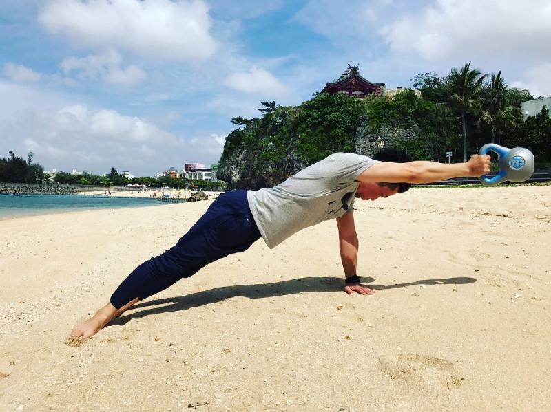 横浜の総合格闘技&キックボクシング&柔術 リバーサルジム「グランドスラムオンラインレッスン」 ピラティス式ゴリゴリ体幹トレーニング画像1