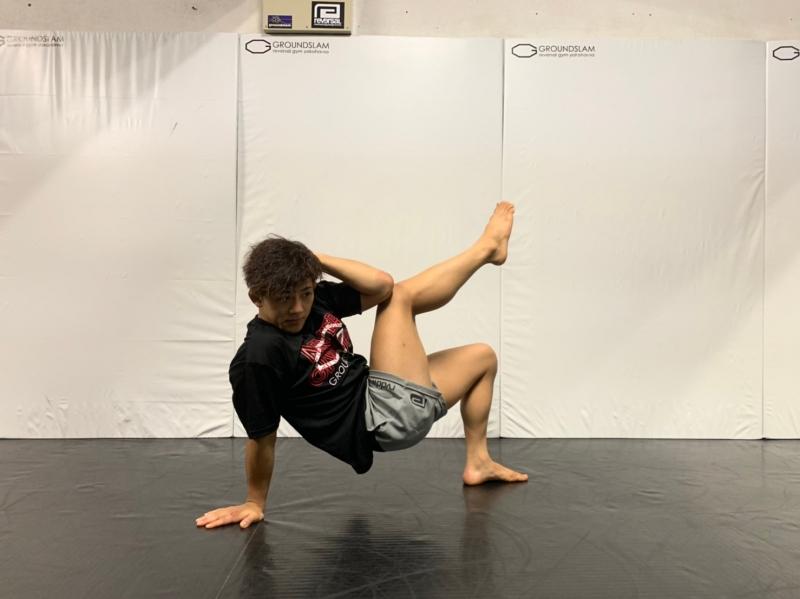 横浜の総合格闘技&キックボクシング&柔術 リバーサルジム「グランドスラムオンラインレッスン」 脂肪燃焼サーキットトレーニング画像1
