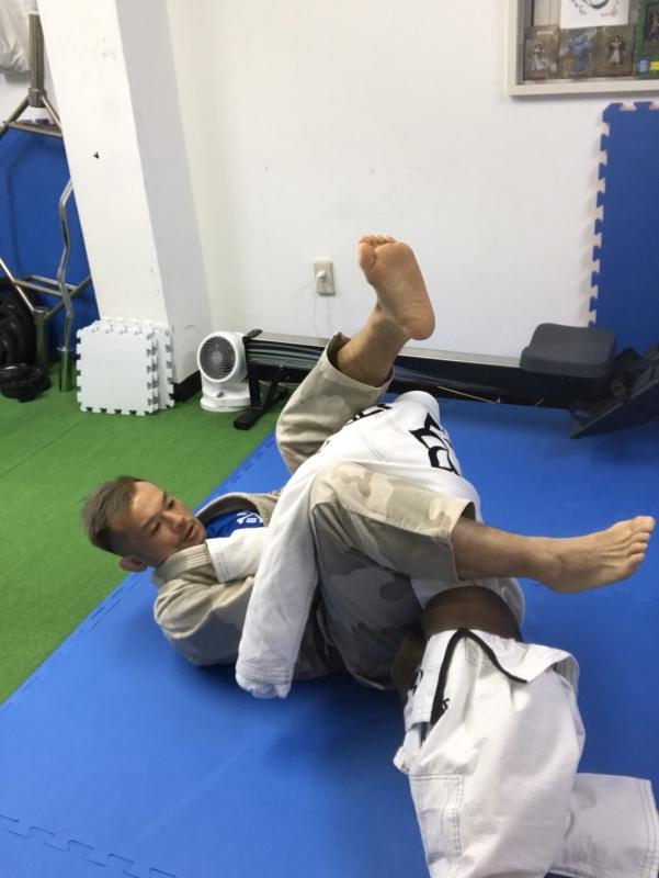 横浜の総合格闘技&キックボクシング&柔術 リバーサルジム「グランドスラムオンラインレッスン」 柔術ムーブクラス画像1